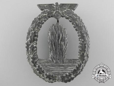 Minesweeper War Badge, by Lind & Meyrer Obverse