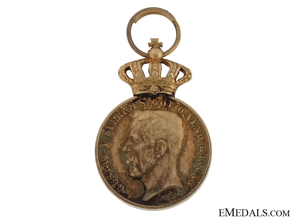 Miniature royal  50ad20200e7a4