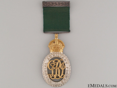 Colonial Auxiliary Forces Officers' Decoration Obverse