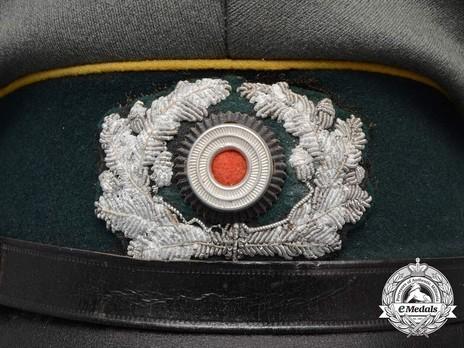German Army Post-1936 Signals NCO/EM's Visor Cap Wreath & Cockade Detail