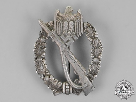 Infantry Assault Badge, by J. Feix (in silver) Obverse