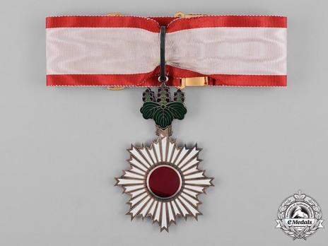 Order of the Rising Sun, III Class Obverse