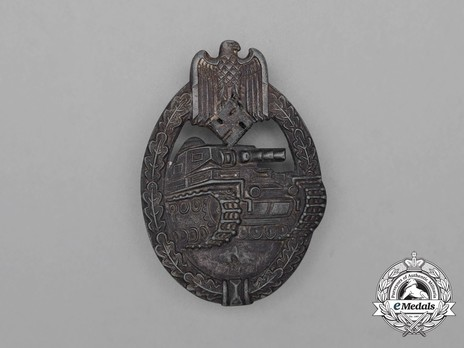 Panzer Assault Badge, in Silver, by R. Souval Obverse