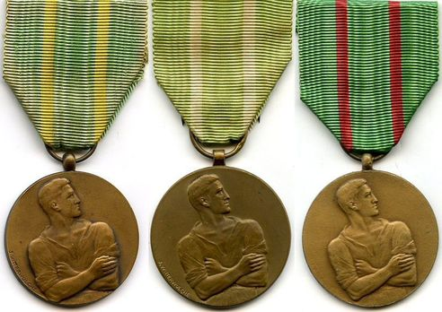 Civilian Disobedience Medal Obverse with three ribbons