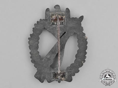 Infantry Assault Badge, by Brüder Schneider (in silver) Reverse
