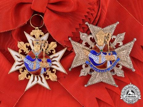 Order of Saint Januarius, Knight's Breast Star Set