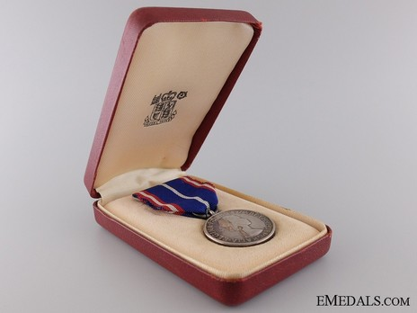 Silver Medal (for Foreigners, 1952-) in Case of Issue