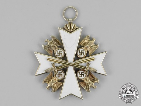 Grand Cross with Swords Obverse
