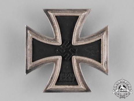 Iron Cross I Class, by P. Meybauer (late pin, marked) Obverse