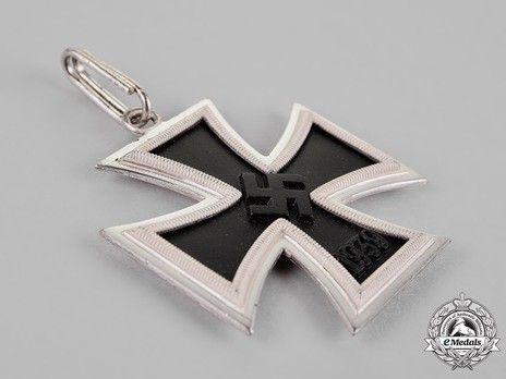 Knight's Cross of the Iron Cross, by Steinhauer & Lück (Type A, micro 800) Obverse