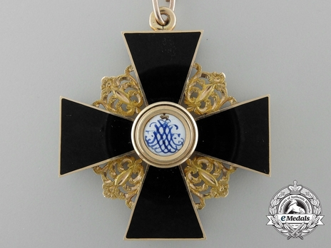 Order of St. Anne, Type II, Civil Division, II Class Cross (in black enamel) Reverse