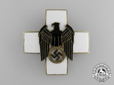 German Social Welfare Decoration, II Class Cross Obverse