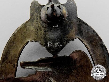 Panzer Assault Badge, in Bronze, by R. Karneth Detail
