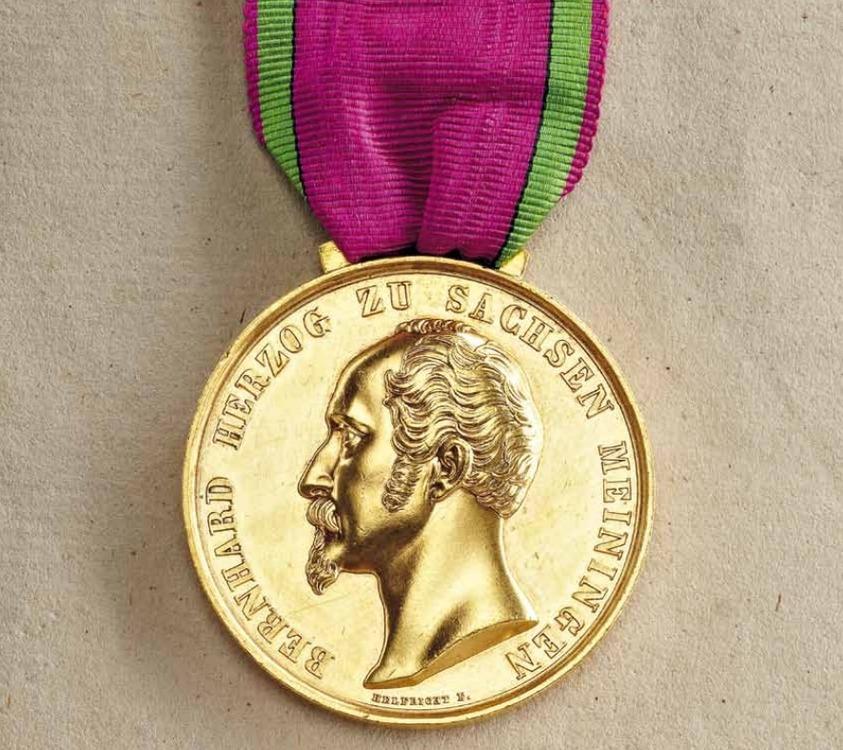 Saxe+meiningen+house+order+medals+of+merit%2c+type+ii%2c+gold%2c+obv+