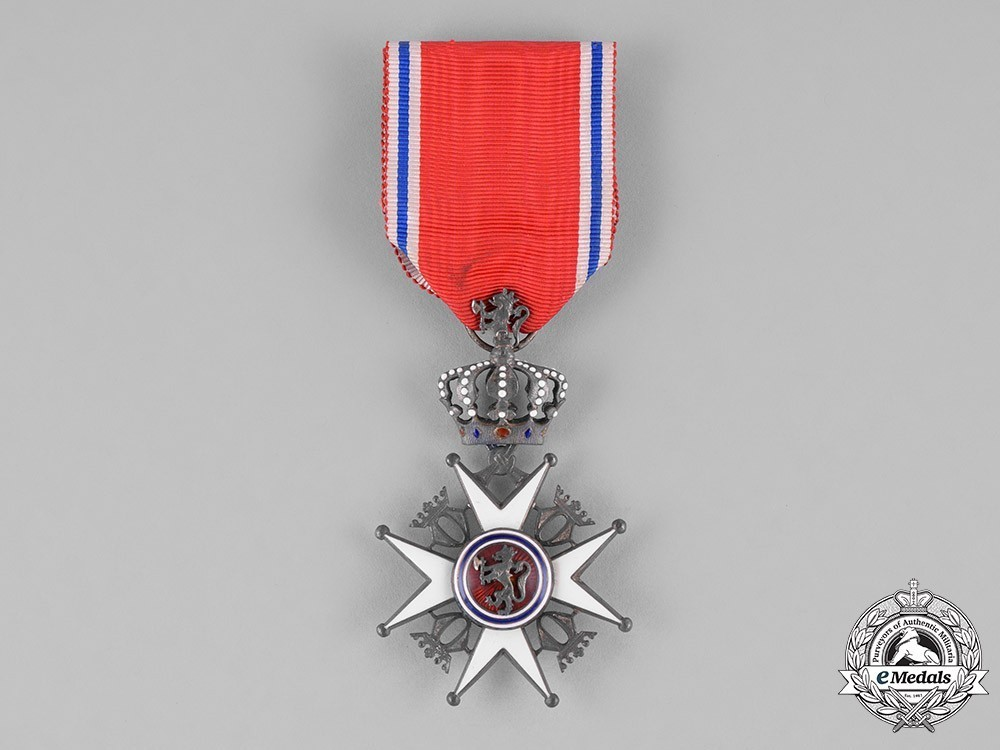 Order+of+st+olav+knight+ii+1
