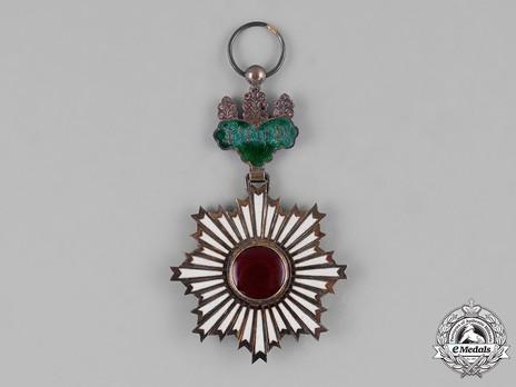 Order of the Rising Sun, IV Class Reverse