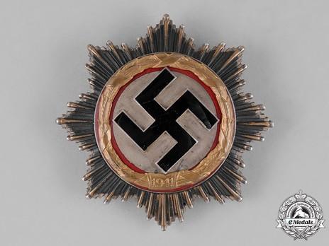 German Cross, in Gold, by Deschler (6 rivets, short pin) Obverse