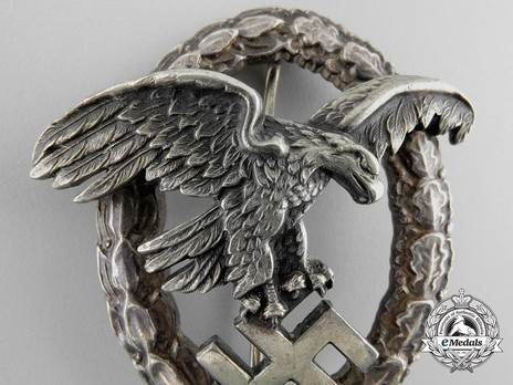 Observer Badge, by Assmann (in tombac) Detail