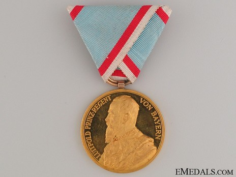 Military Order of St. George, Jubilee Medal (in gold) Obverse
