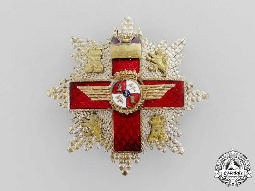 2nd+class+cross+%28red+distinction%29+%28silvered+and+gilded+bronze%29+obverse
