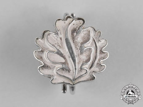Oak Leaves to the Knight's Cross of the Iron Cross (by Godet, L/50) Obverse