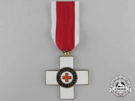 Cross of Honour of the German Red Cross, Type I, II Class Obverse