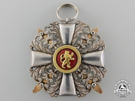 II Class Knight with Swords (in silver gilt) Reverse