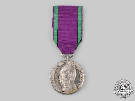 "Saxe-Altenburg House Order Medals of Merit, Type III, Civil Division, in Silver (stamped ""HELFRICHT F."")"