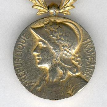 """Bronze Medal (with """"LEVANT"""" clasp, stamped """"GEORGES LEMAIRE"""") (Bronze gilt) Obverse"""