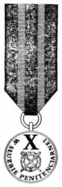 Iii class medal for 10 years of service 1985 1986
