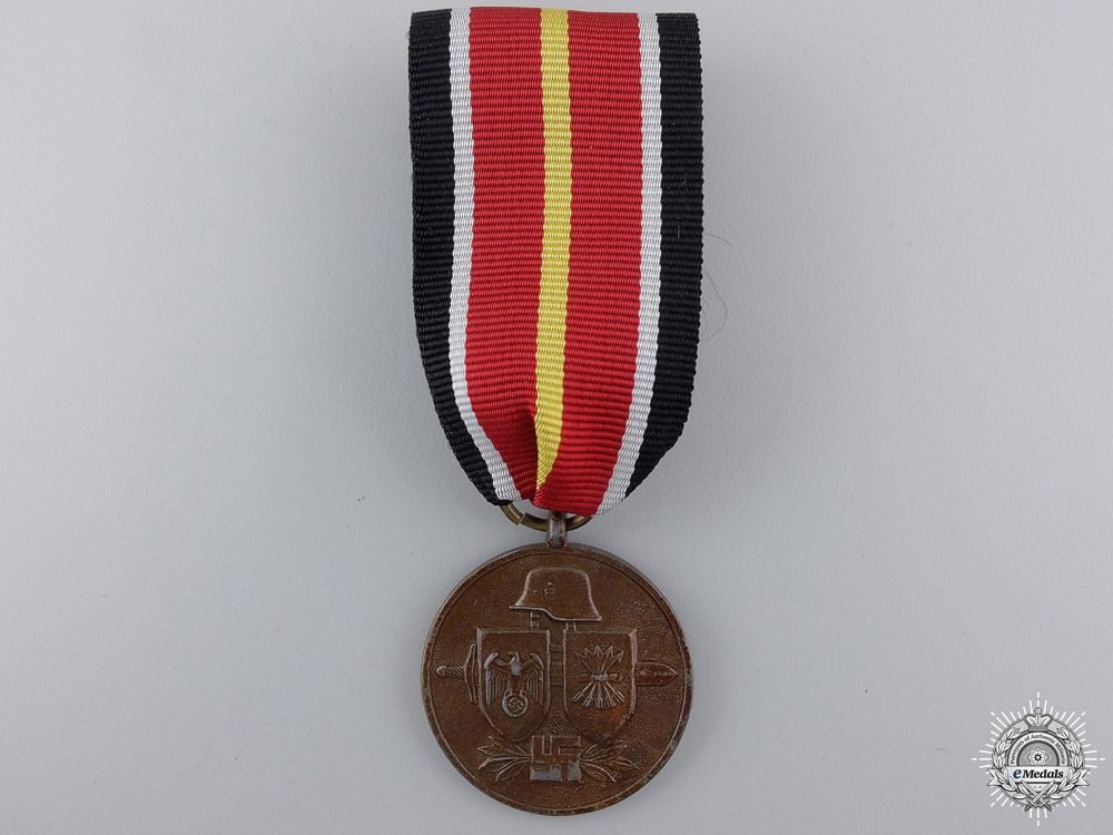 A medal of the s 54f876b1e32cb1