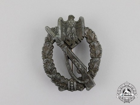 Infantry Assault Badge, by Hymmen (in bronze) Obverse
