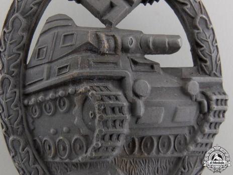 Panzer Assault Badge, in Bronze, by K. Wurster (in zinc) Detail