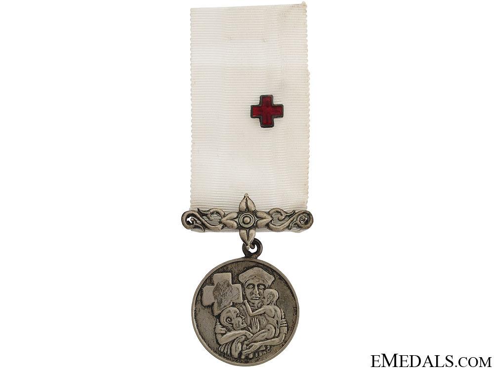 Red cross medal  51f7d0fff0878