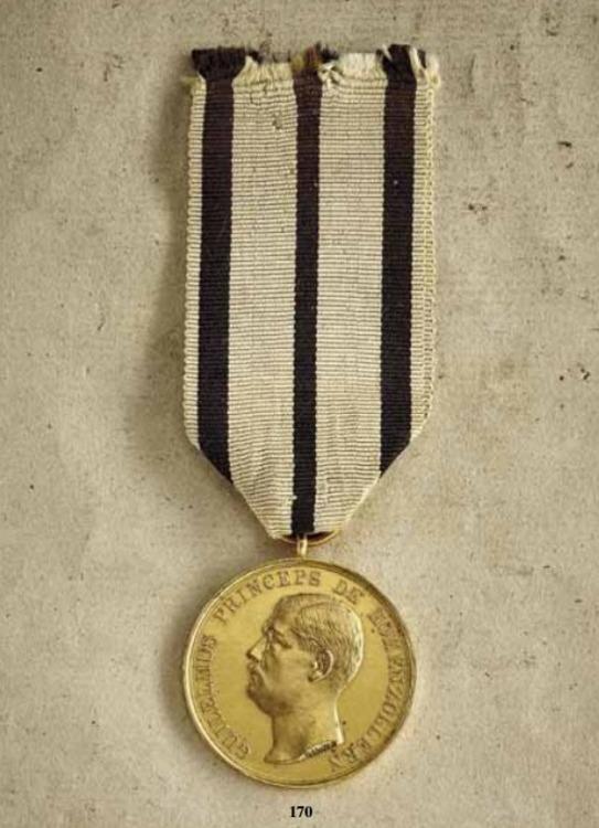 Bene+merenti+medal%2c+type+iv%2c+small+gold+medal%2c+obv+