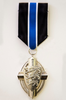 Order of the Estonian Defence Forces, Silver Medal Obverse
