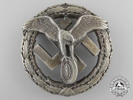 German Motor Sports Badge, in Silver Obverse