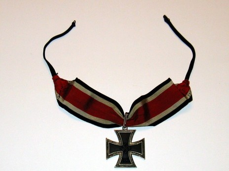 Knight's Cross of the Iron Cross, by C. E. Juncker (unmarked, non-magnetic) Obverse