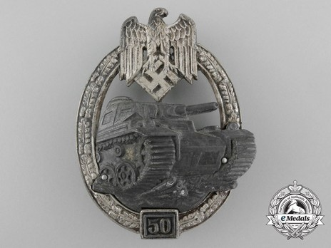 "Panzer Assault Badge, ""50"", in Silver (by Juncker) Obverse"