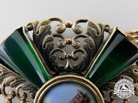 Commander (in gold) Obverse Detail