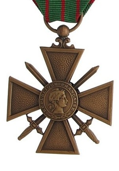 Bronze Cross (1939 1945) Obverse
