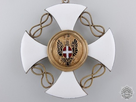Order of the Crown of Italy, Commander Cross (in silver-gilt) Reverse