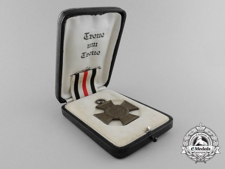 Honour Cross of the World War 1914/1918 (for non-combatants) Case of Issue Interior