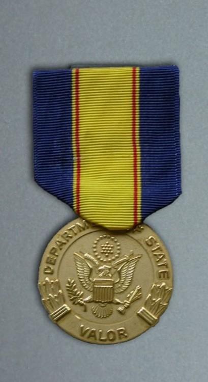 Award+for+valor
