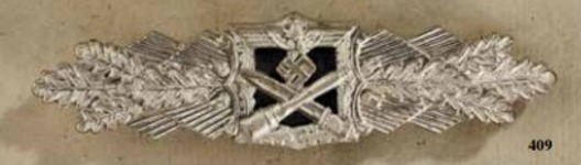 Close Combat Clasp, in Silver, by A.G.M.u.K. Obverse