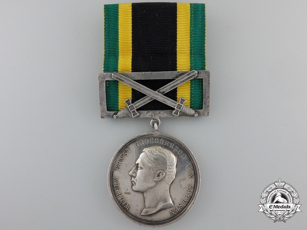 Silver+medal+for+merit+1914+with+swords+clasp+obverse