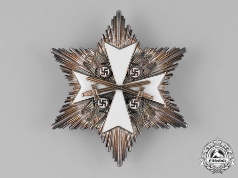 II Class Breast Star with Swords Obverse