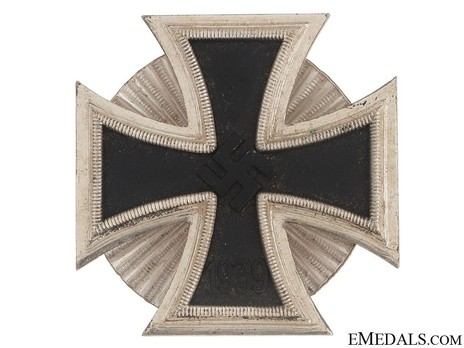 Iron Cross I Class, by W. Deumer (clamshell screwback) Obverse