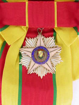Royal Family Order of Kedah, Badge