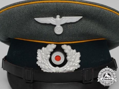 German Army Cavalry NCO/EM's Visor Cap Insignia Detail